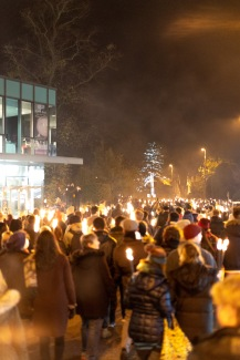 2018-11-03 - British Museum and Guildford torchlight procession-033